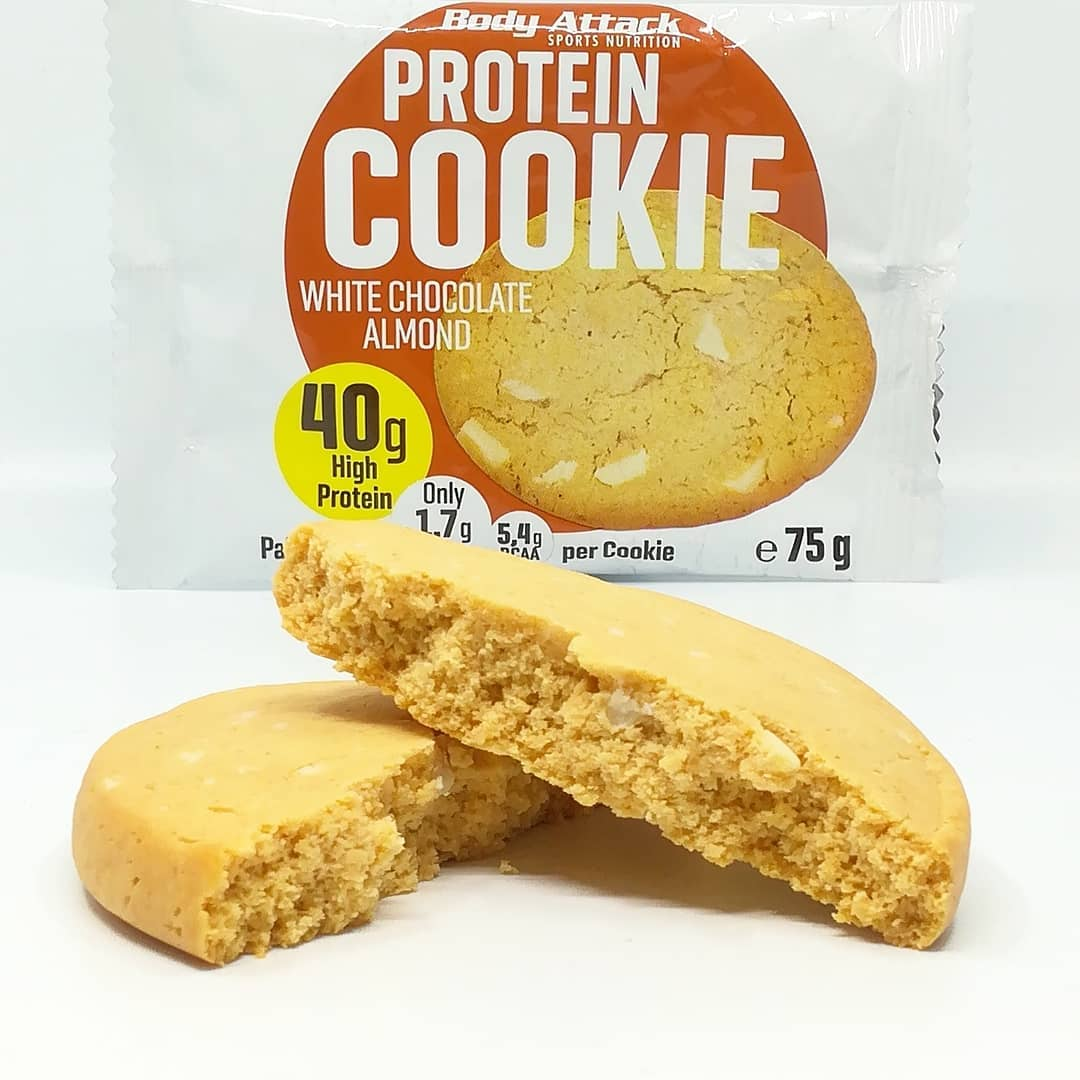 Body Attack Protein Cookie – white chocolate almond