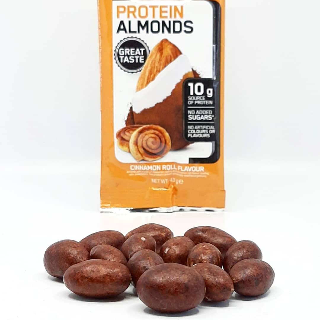 Optimum Nutrition Protein Almonds – cinnamon roll