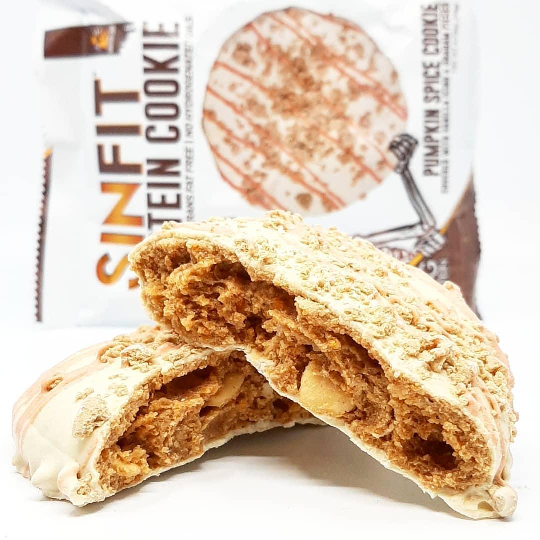 Sinister Labs Protein Cookie – pumpkin spice cookie