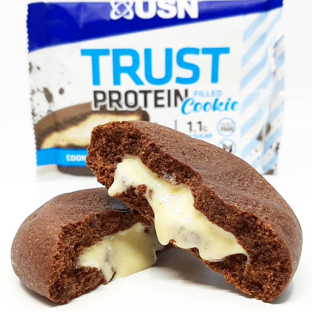 USN Trust Protein Cookie Cookies & Cream – jak brownie z nadzieniem!