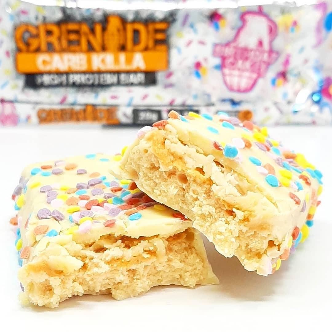 Grenade Carb Killa Birthday Cake –  urodzinowy baton