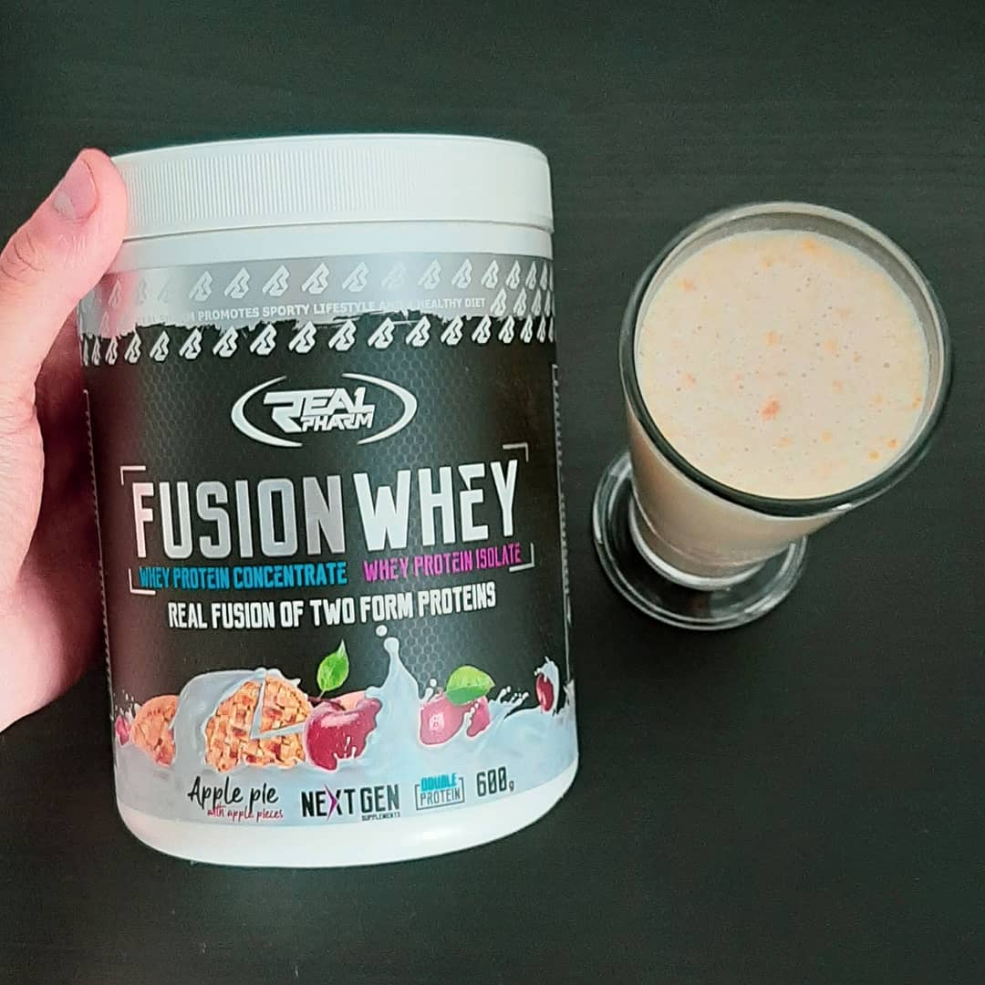 real pharm fusion whey apple pie with apple pieces