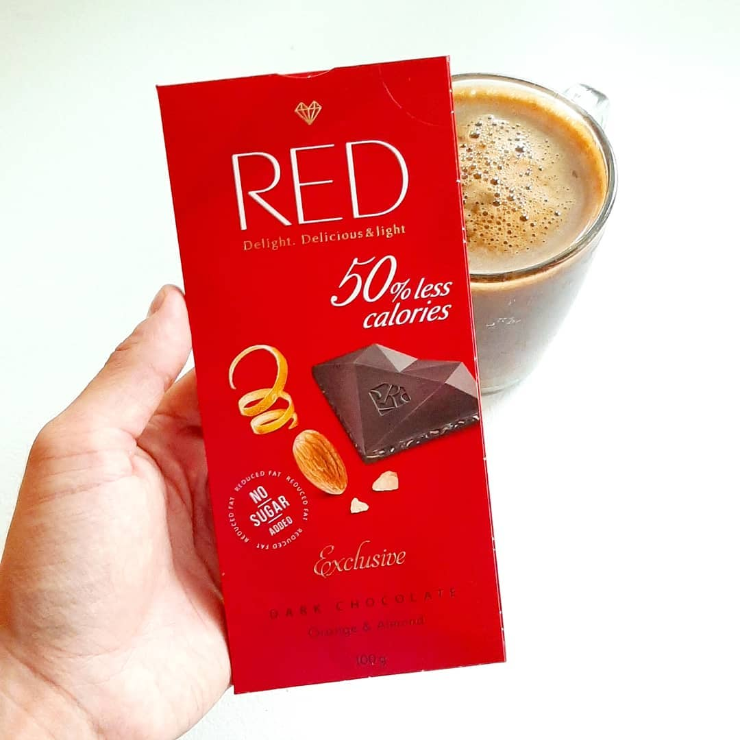 RED Dark Chocolate Orange & Almond – tylko 292 kcal!