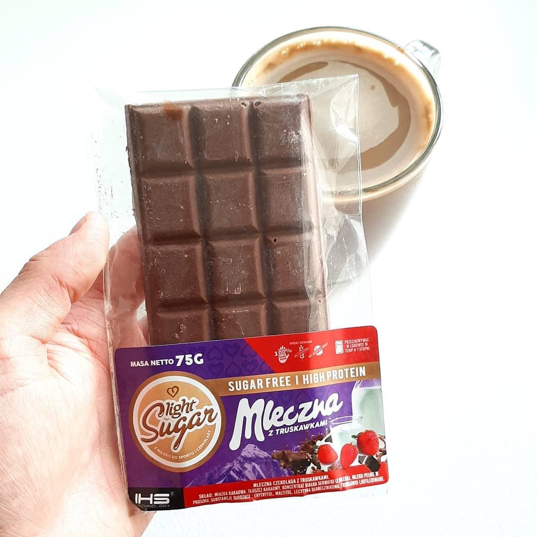 Light Sugar Mleczna z truskawkami – test czekolady!
