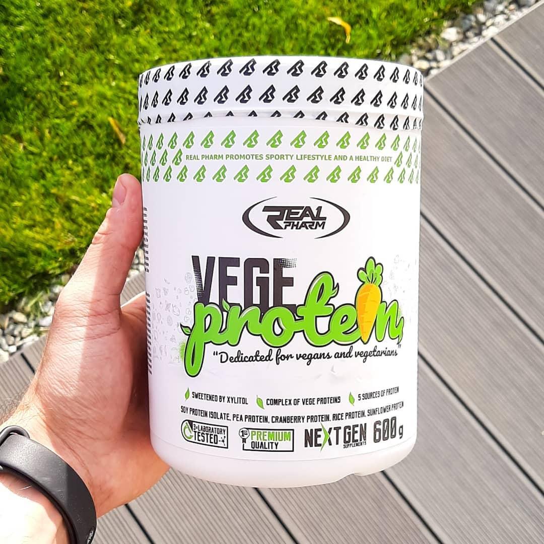 Real Pharm Vege Protein Vanilla – recenzja białka!